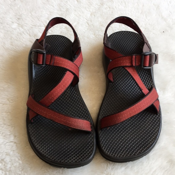 6b784fcd75a7 Chaco Shoes - Chaco Z1 Women s Red Strap Vibram Sandals size 9